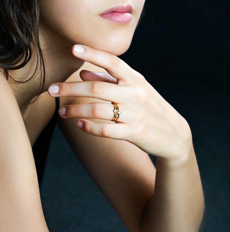 """Пръстен от 18к жълто злато с бял диамант """"Sofia"""" 2"""